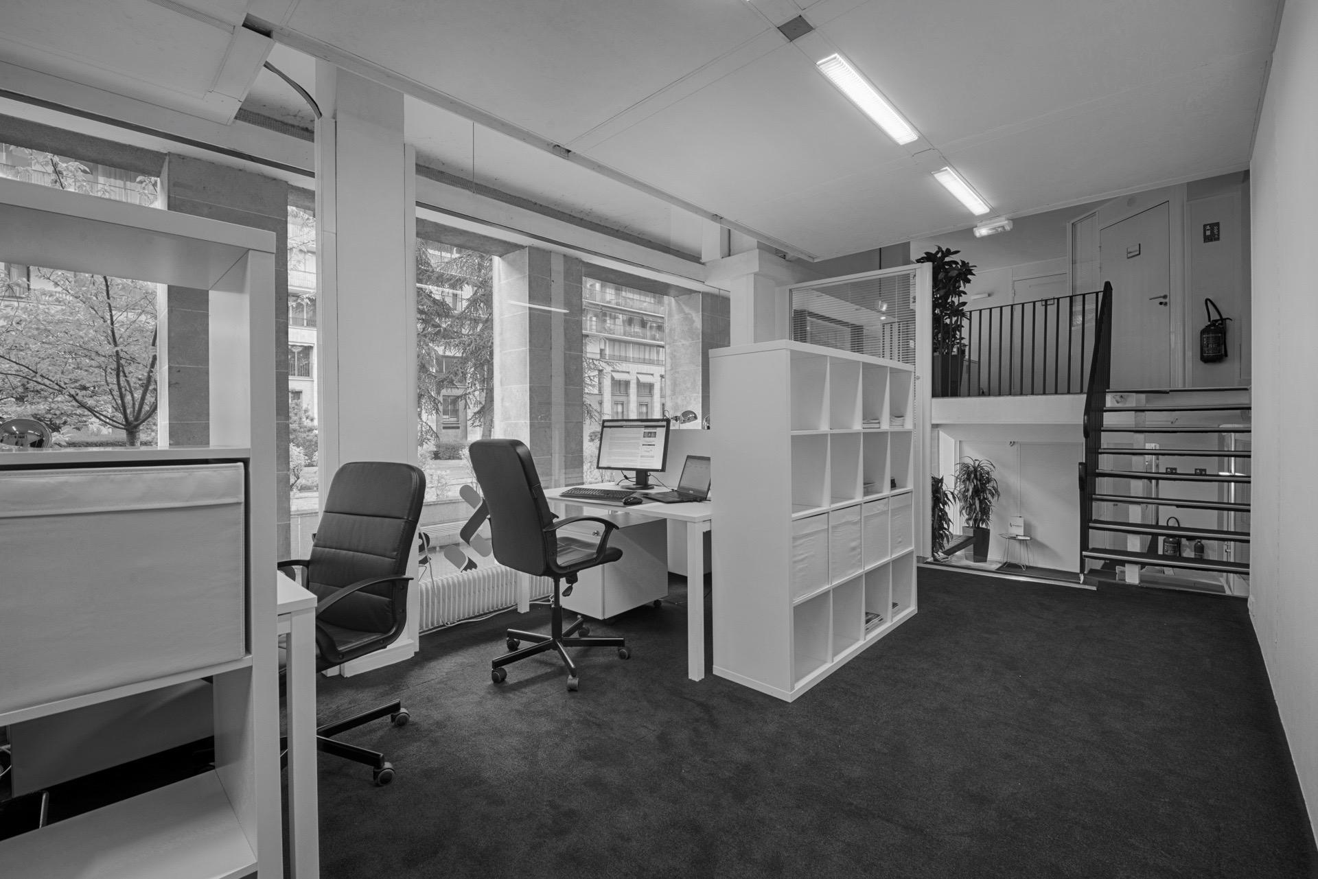 Espaces de bureaux privatifs bureaux partagés coworking workspace